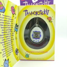 Tamagotchi Original P1/P2 White w/ blue Bandai 1997 English