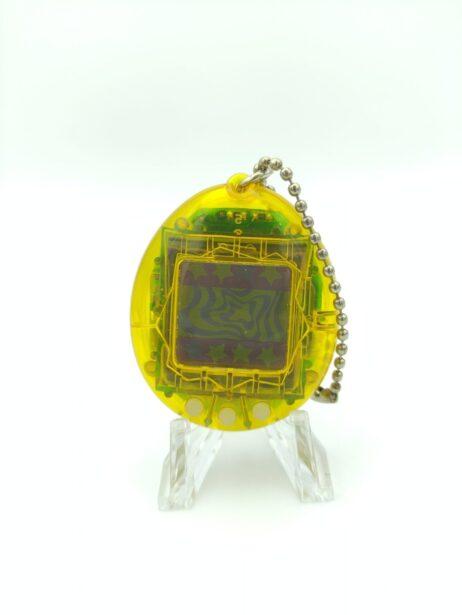 Tamagotchi Original P1/P2 Clear yellow Bandai 1997