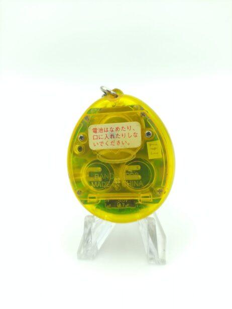 Tamagotchi Original P1/P2 Clear yellow Bandai 1997 2